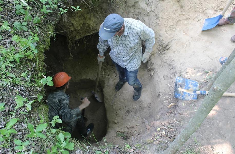 Искали более 300 лет: на Черкасщине нашли вероятную могилу Богдана Хмельницкого