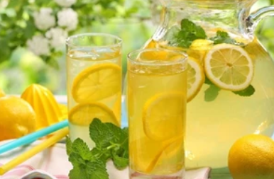 Как сделать домашний лимонад: рецепт с мятой, апельсином, имбирем и не только