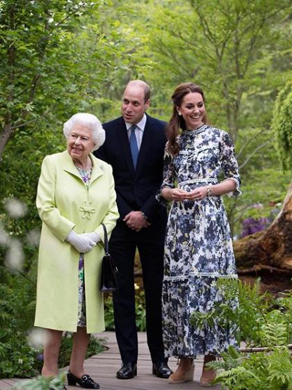 Королева Єлизавета ІІ, принц Вільям, Кейт Міддлтон