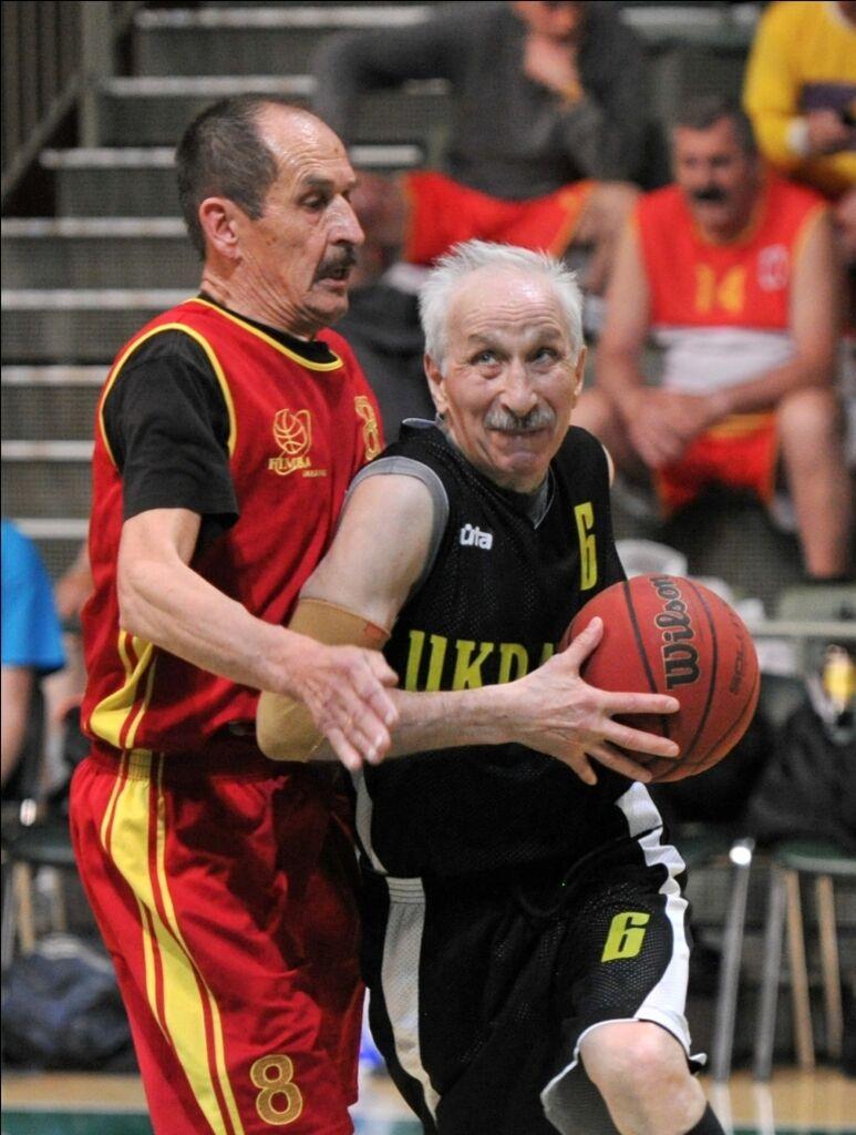 Украина выиграла ветеранский ЧЕ по баскетболу