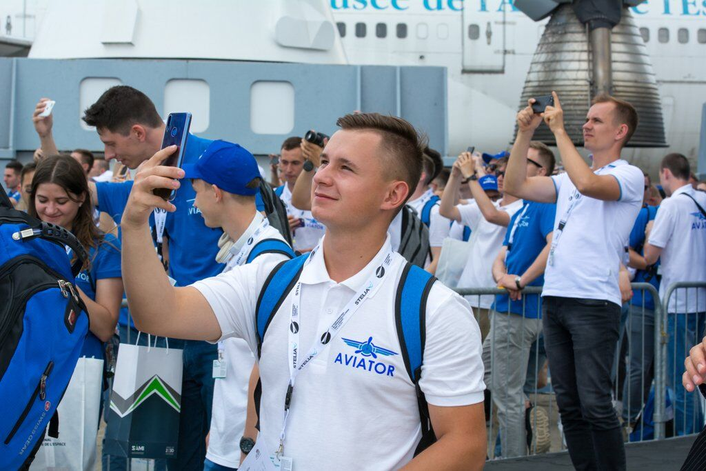 Украинские студенты посетили крупнейший авиасалон в Париже
