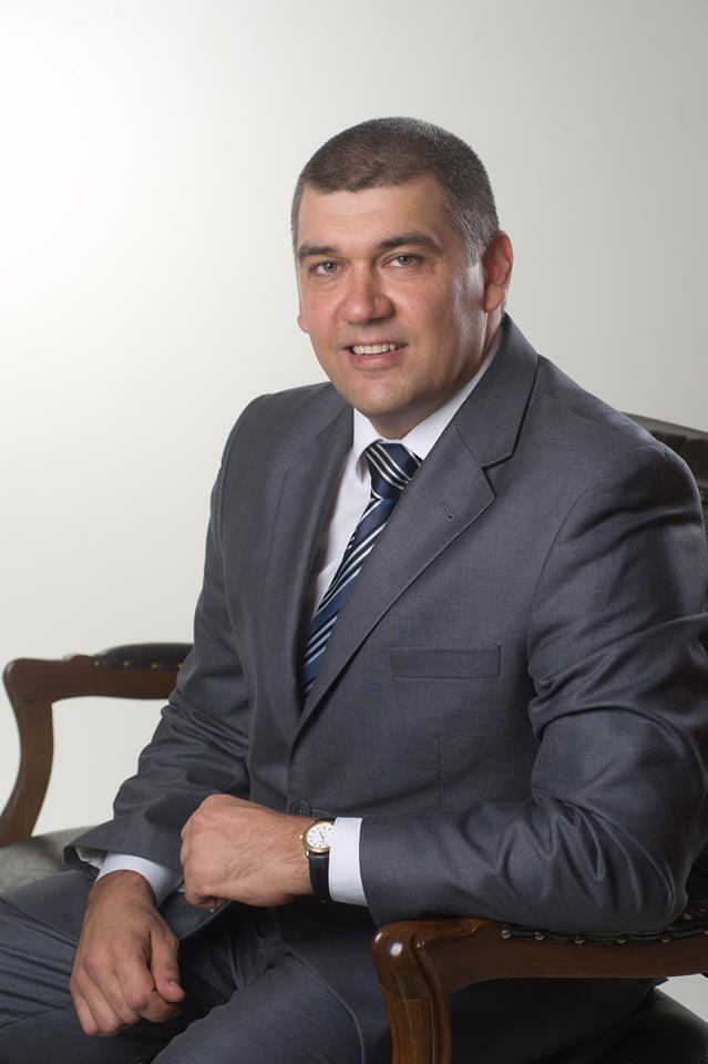 Роман Соха