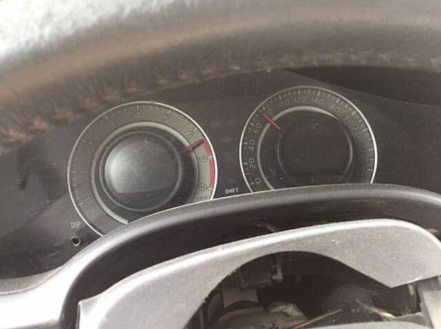 В Харькове машина на скорости протаранила мэрию