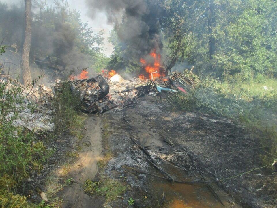В Украине разбился самолет: первые фото с места ЧП