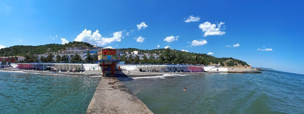 Пляж у Криму
