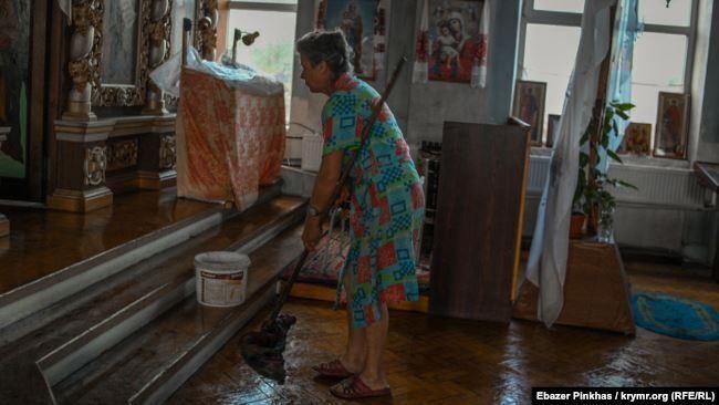 В Симферополе затопило собор ПЦУ