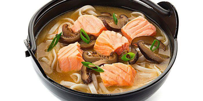 Міняємо червоне м'ясо на тунця і лосось: кращі рецепти