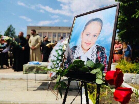 Фото с похорон девочки