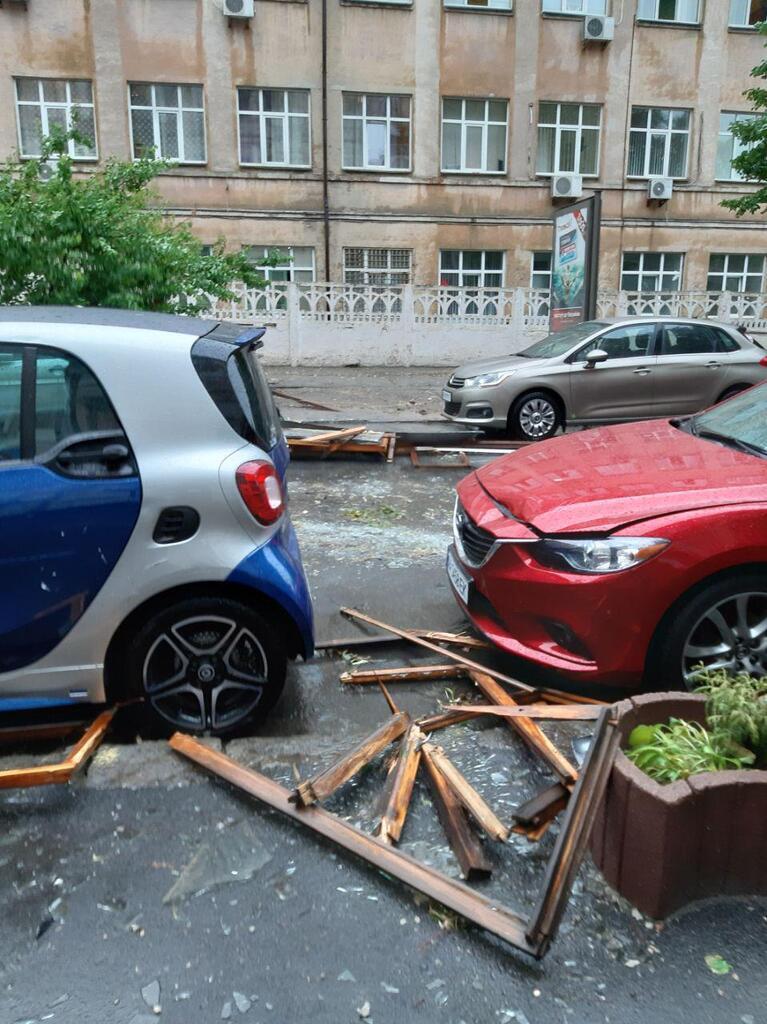Последствия урагана в Киеве