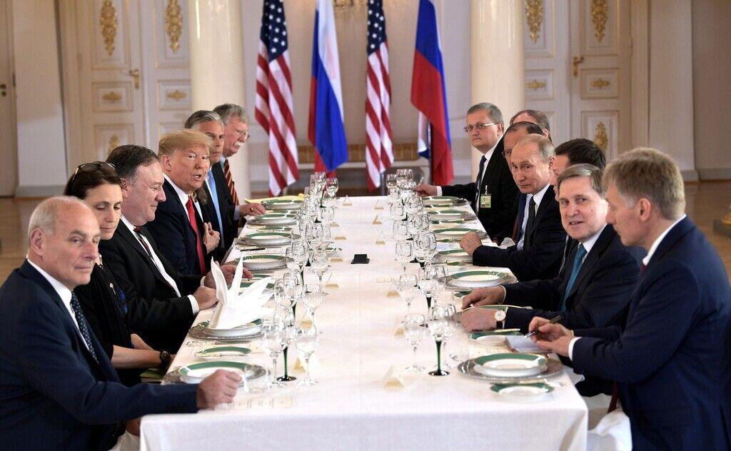 Володимир Путін, Дональд Трамп на переговорах у форматі робочого сніданку, Гельсінкі, 16 липня 2018 року