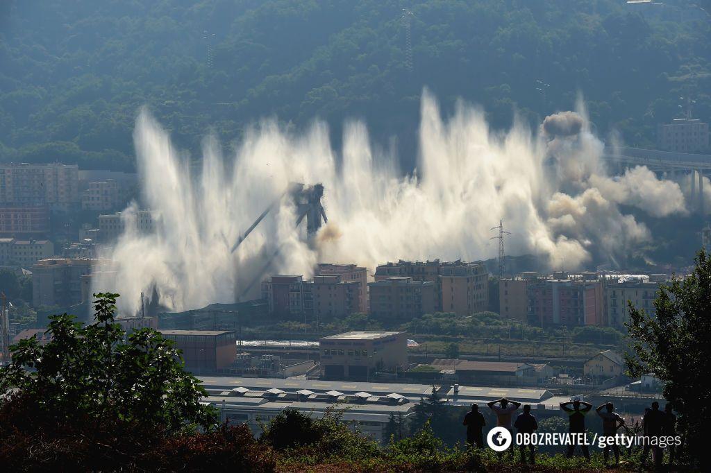 Взрыв моста в Генуе