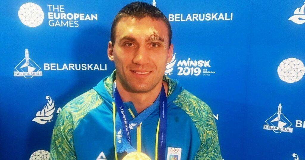 Виктор Выхрист – бокс. Победа в супертяжелом весе (91 кг).
