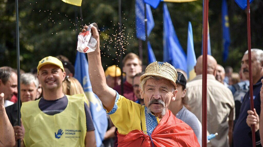 Гречка — символ підкупу виборців в Україні