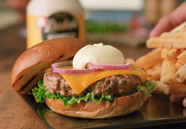 Смачніше, ніж в ресторані: як приготувати ідеальний бургер