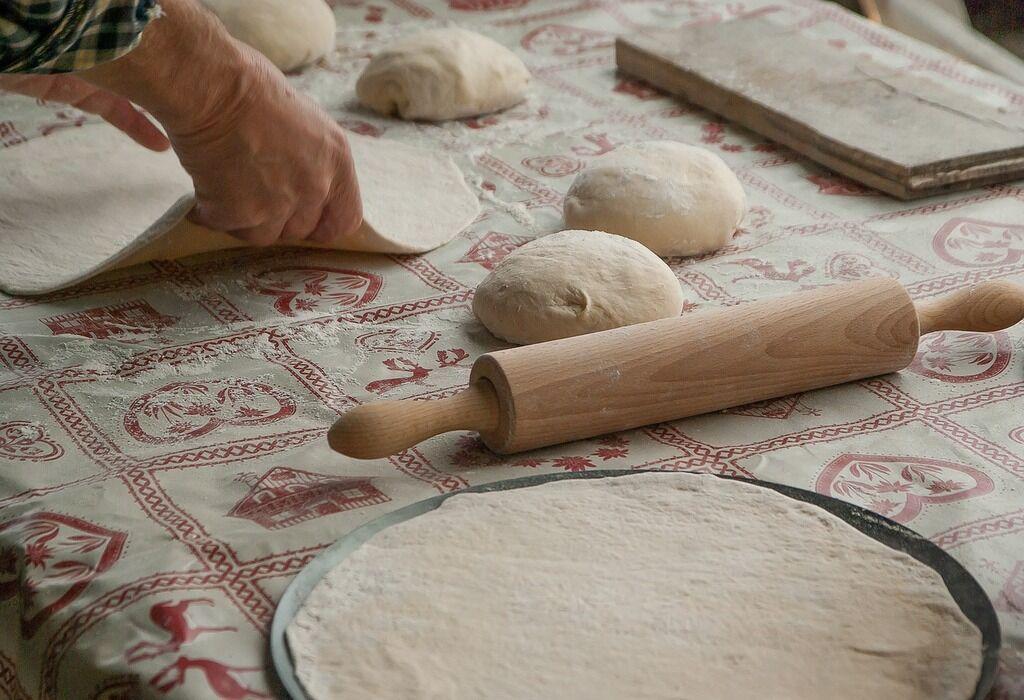 Як приготувати найсмачнішу піцу: рецепти і поради досвідченого кулінара