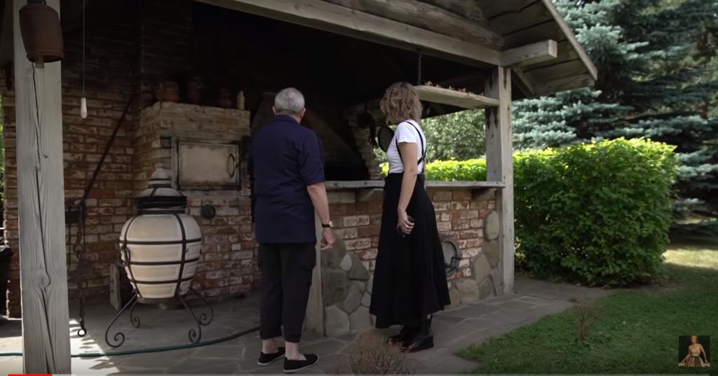 Собчак показала дом Макаревича