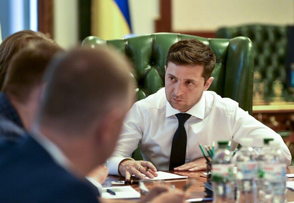Володимир Зеленський вніс до парламенту проект закону про розширення люстрації