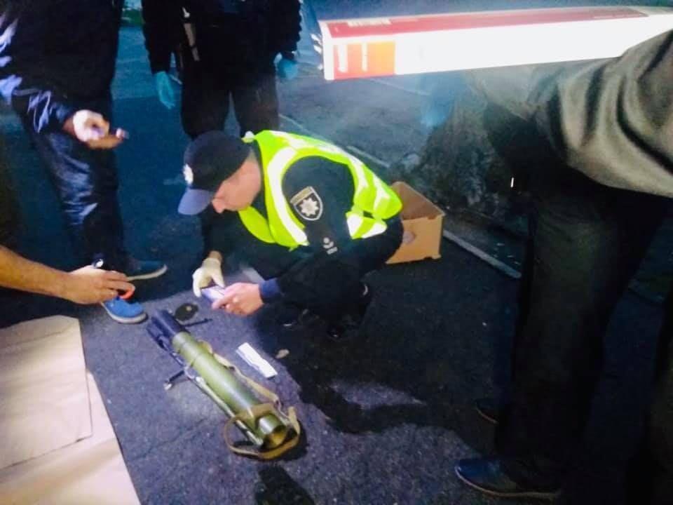 В Киеве обстреляли из гранатомета телеканал Медведчука: что известно