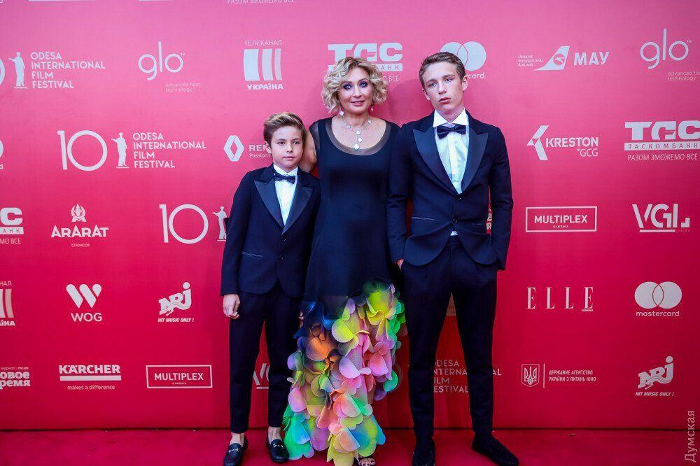 Виктория Тигипко с сыновьями
