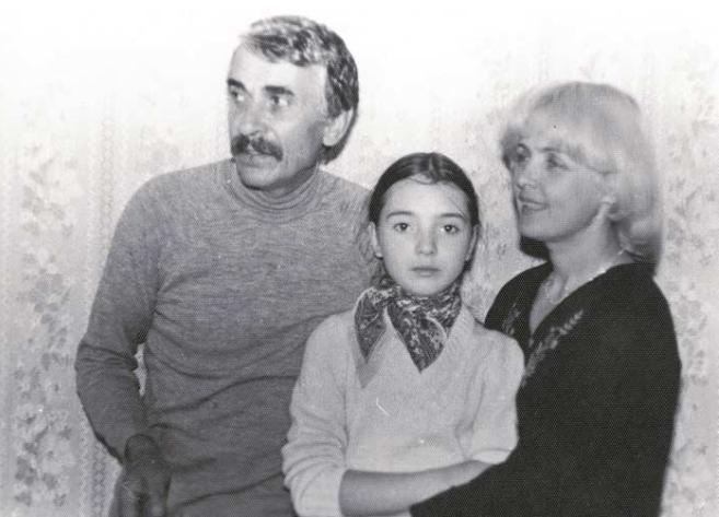 Роговцева, Степанков і їх донька