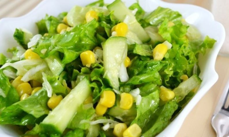 Салат з кукурудзою без майонезу