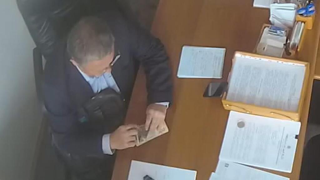 Юрий Крикунов