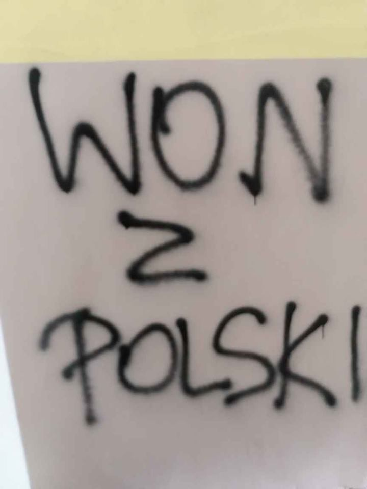 """""""Мы приехали за хлебом!"""" В Польше пытались сжечь украинцев"""