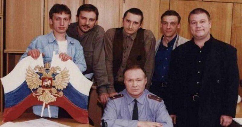 Кузнецов с коллегами по сериалу