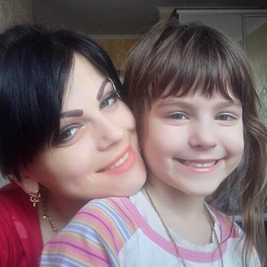Вікторія з донькою Ріаною
