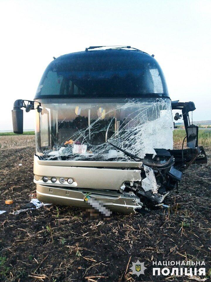 Пасажири і водій автобуса не постраждали