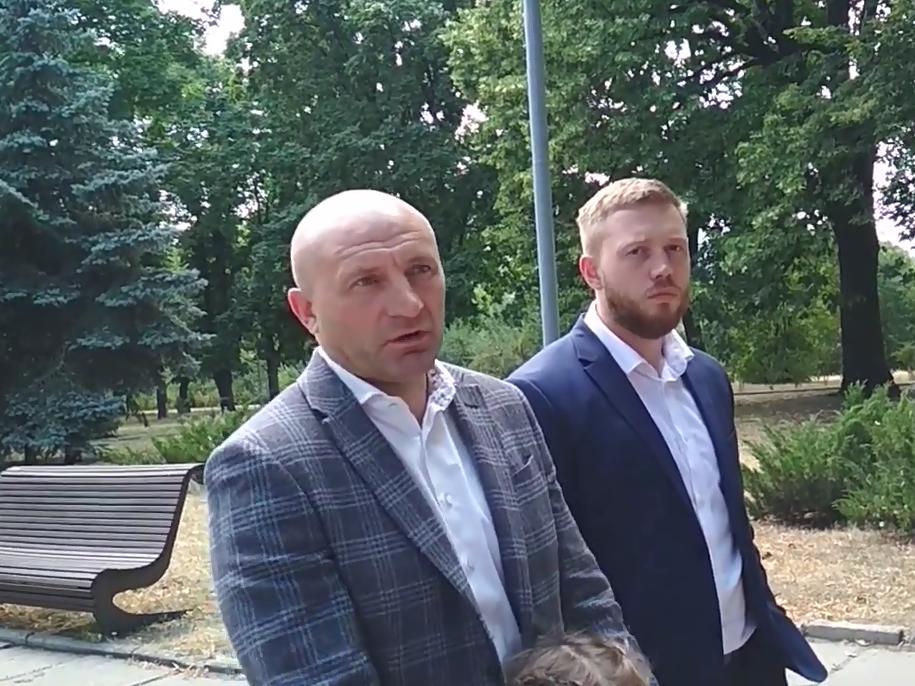 Слева направо: мэр Анатолий Бондаренко и Дмитрий Кухарчук