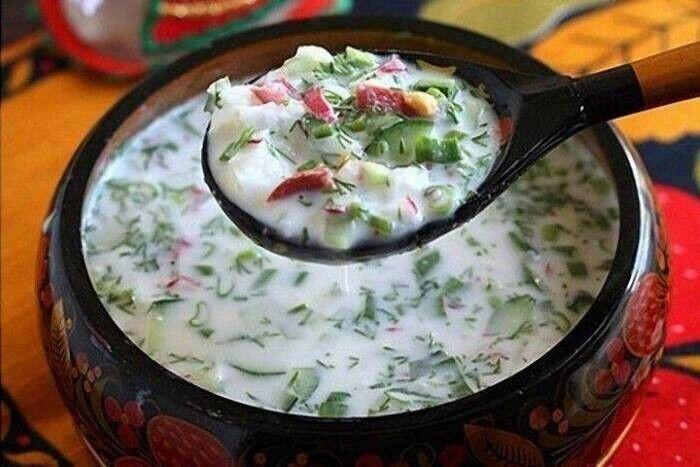 Три кращих рецепти смачної окрошки зі свіжими огірками