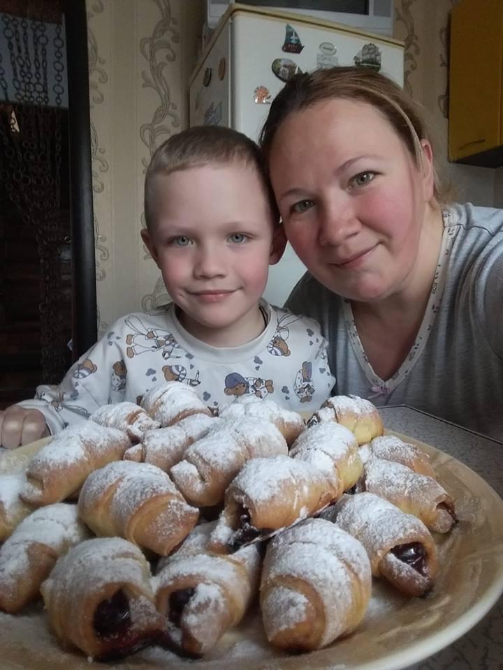 Кирюша з мамою