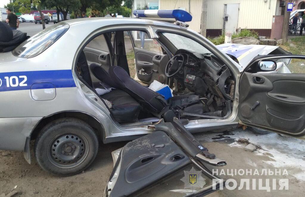 В Изюме произошло ДТП с полицейскими