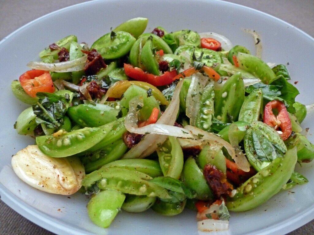 Салат із зелених помідорів