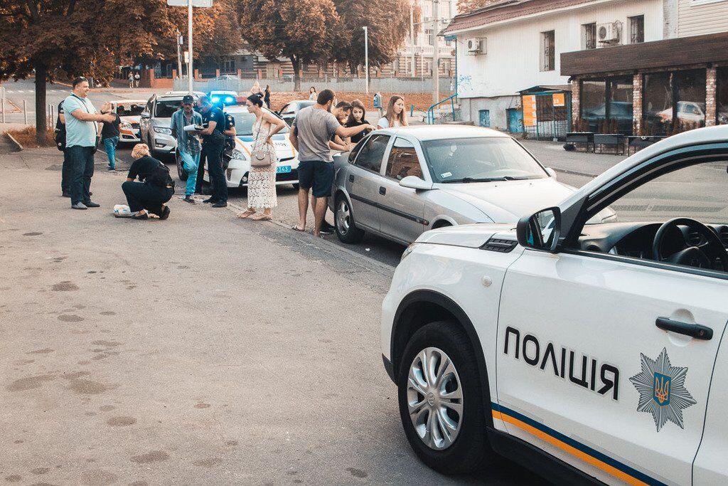 По дороге мужчину задержали патрульные полицейские
