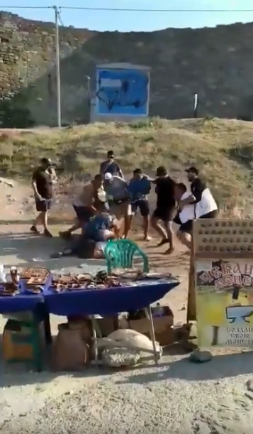 В Крыму толпа избила туристов