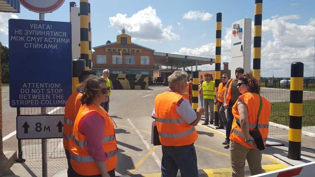 Украина стянула к границе РФ новейшее оборудование