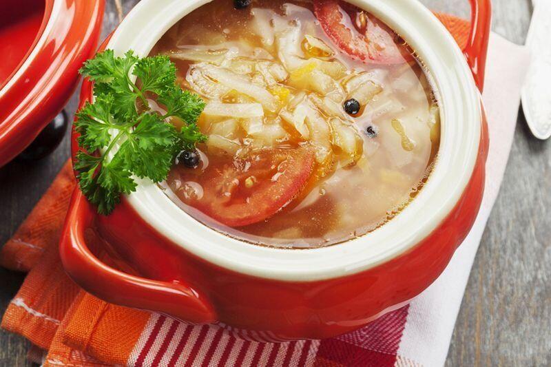 Рецепт дуже апетитного капусняка з квашеної капусти для ситної вечері
