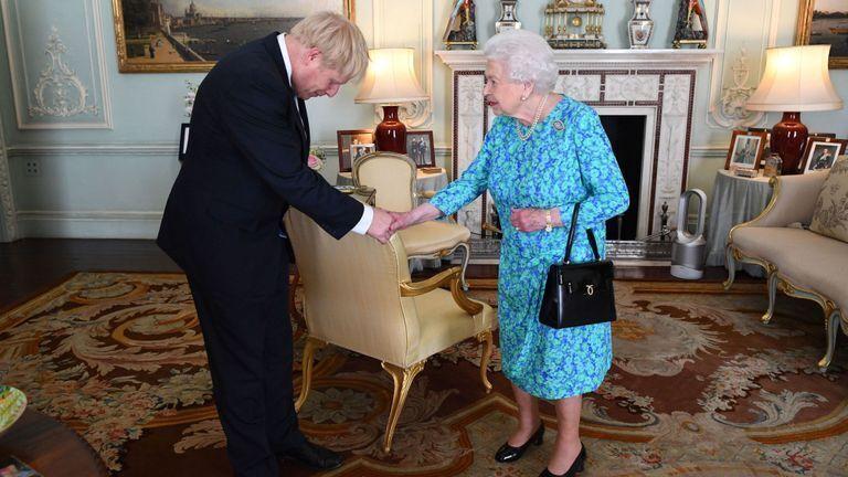 Встреча Джонсона и Елизаветы II