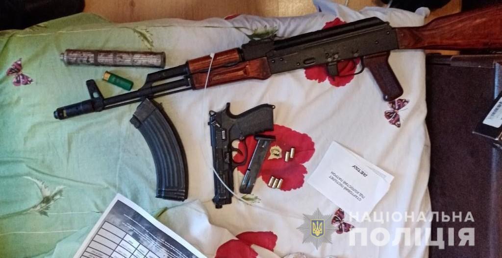Идут массовые обыски: в Киевской области началась спецоперация по задержанию ОПГ