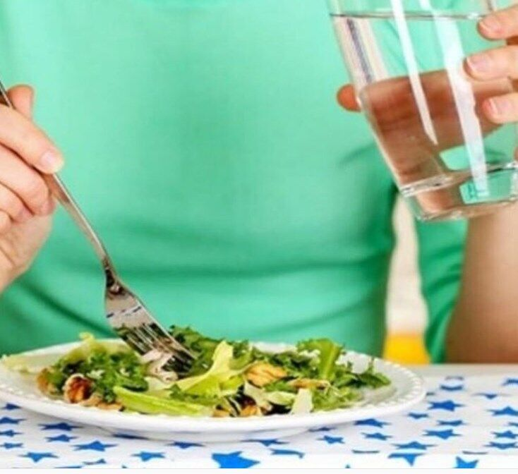 Пить во время еды
