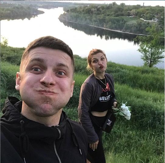 Настя зі своїм хлопцем Віталієм Чайковським