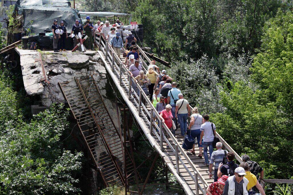 Міст у Станиці Луганській