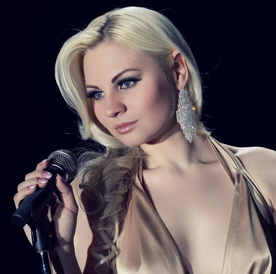 Стало известно о серьёзном ДТП с украинской певицей: фото