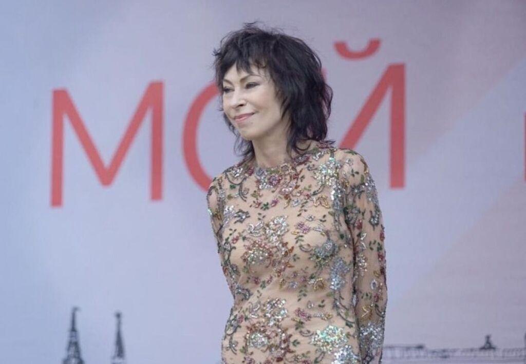 Відому російську співачку звинуватили в алкоголізмі: надзвичайні подробиці