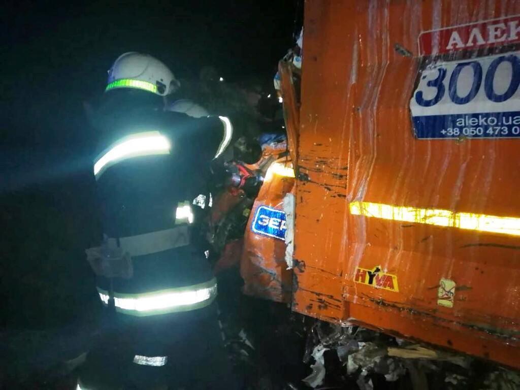 Водители получили множество травм