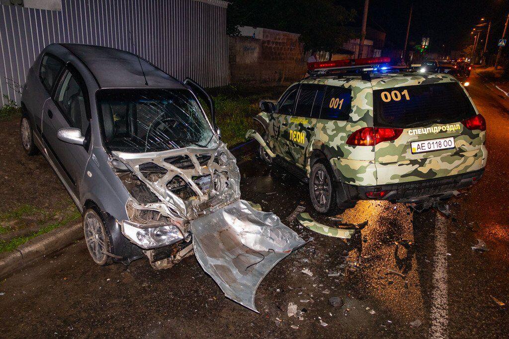 Обе машины повреждены