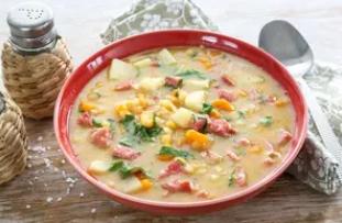 Рецепт смачного супу на обід і вечерю