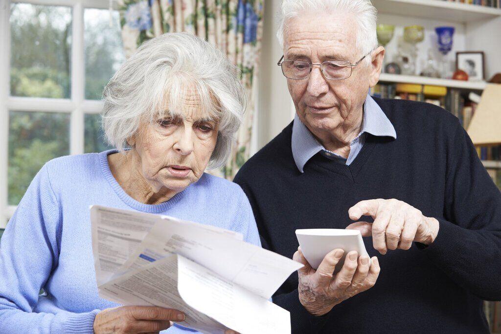 Українцям пояснили, як проходитиме верифікація пенсій та інших соцвиплат